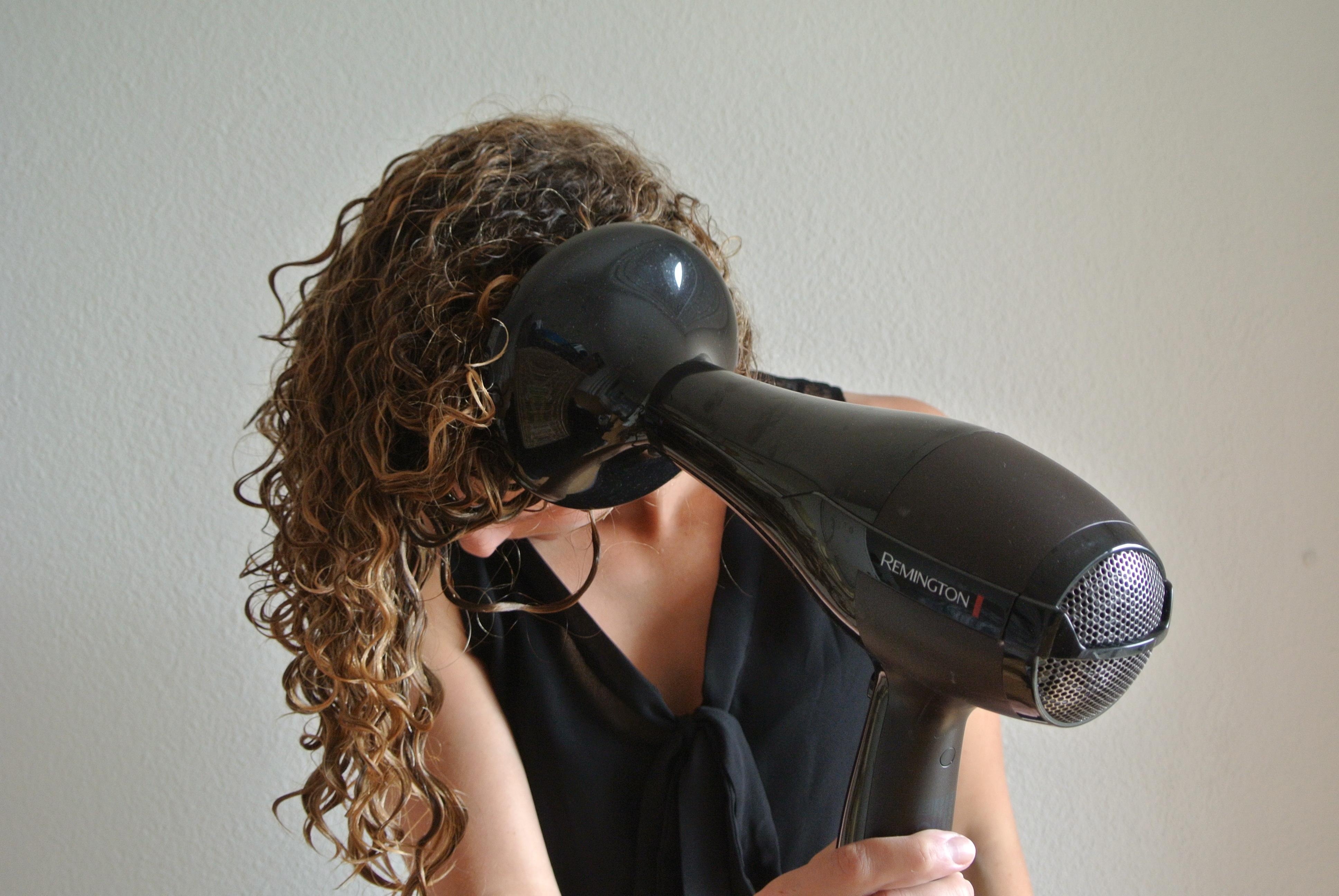 Укладка волос феном фото 3