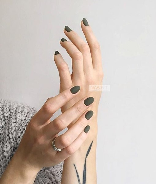 маникюр на короткие ногти фото 6