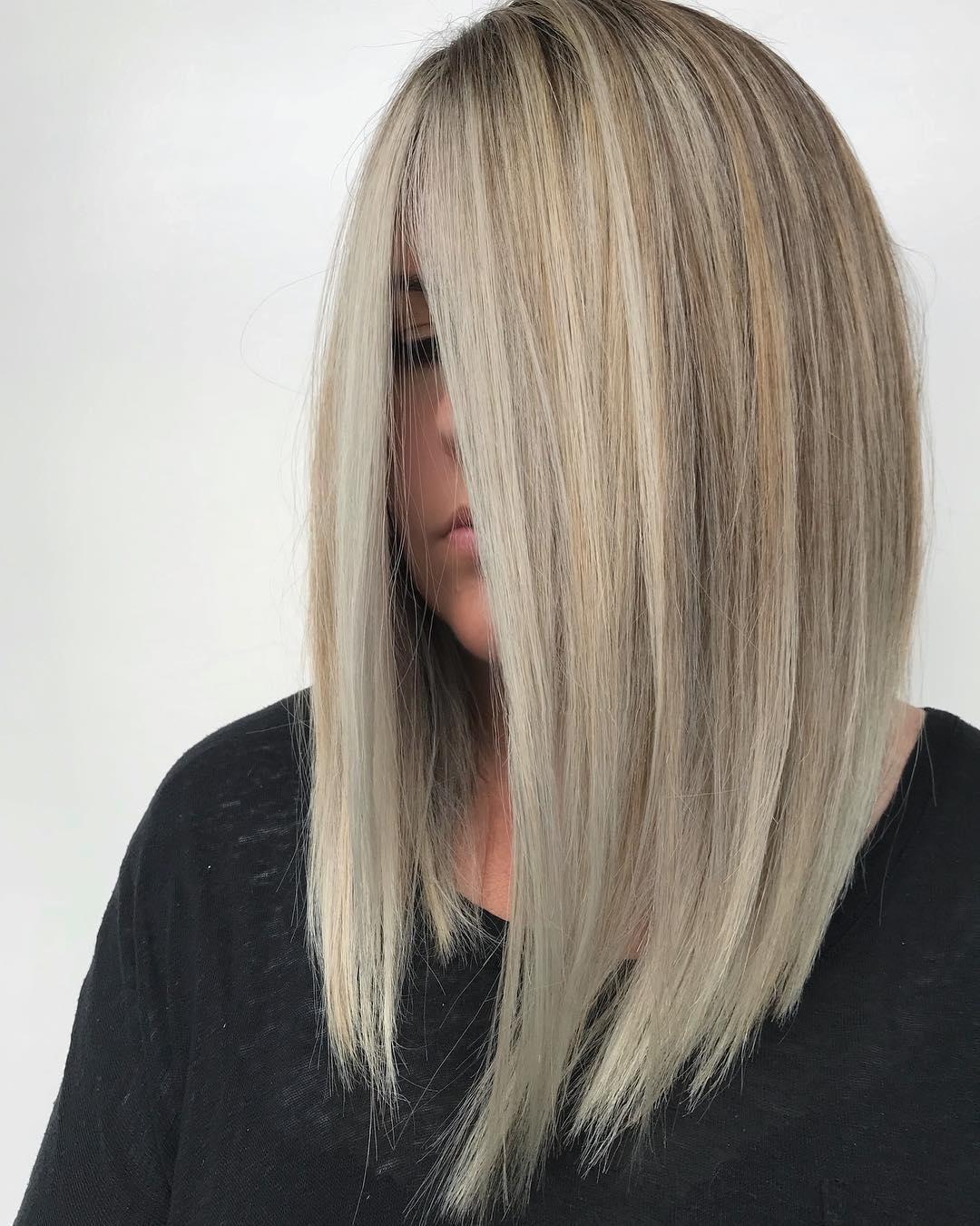 короткие стрижки для густых и прямых волос фото 11