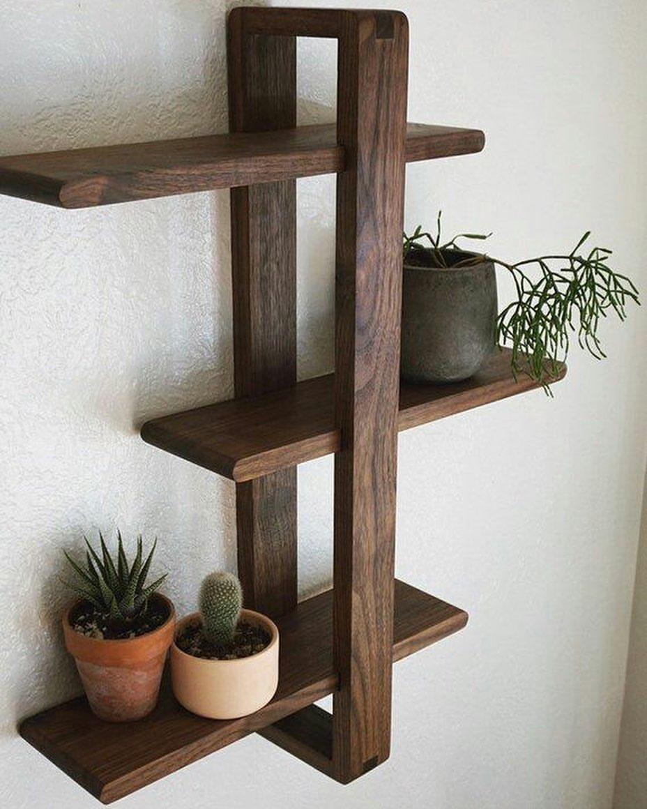 Настенные деревянные полки фото 13