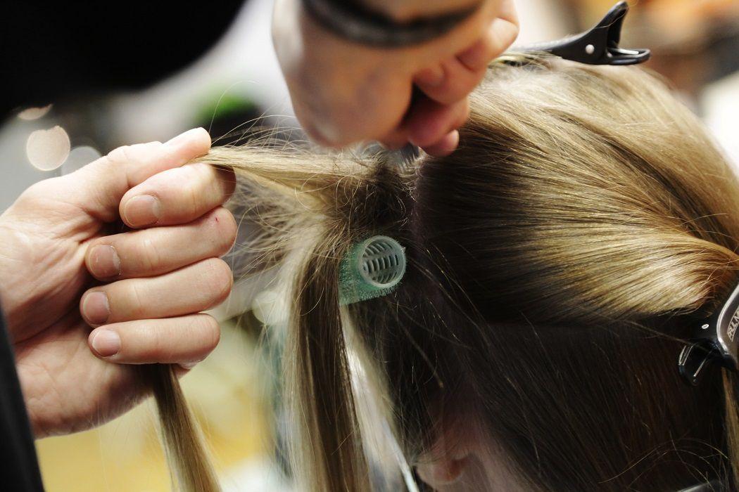 Прикорневой объем волос 2020 фото 5