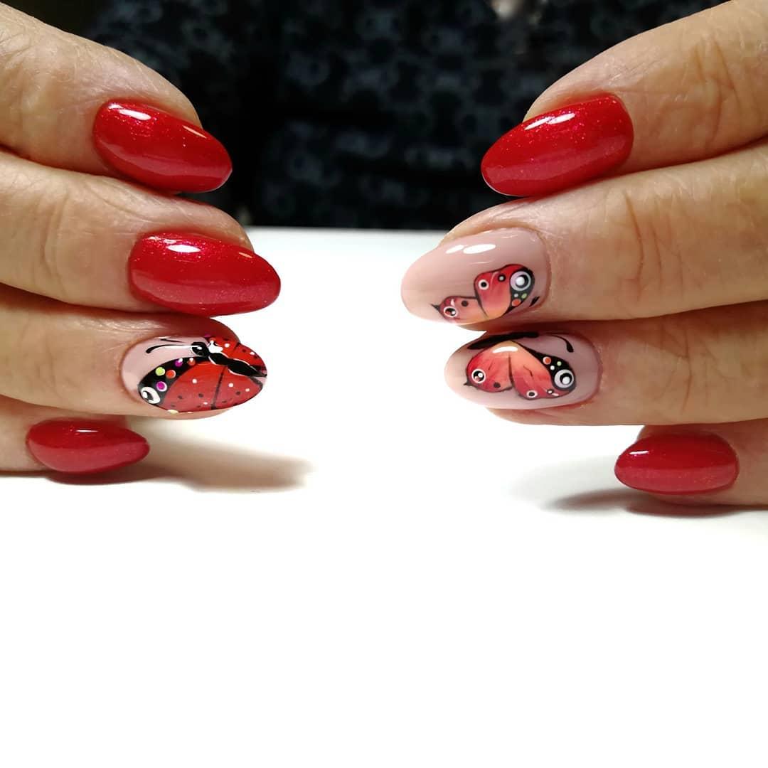 бабочки на ногтях фото_32