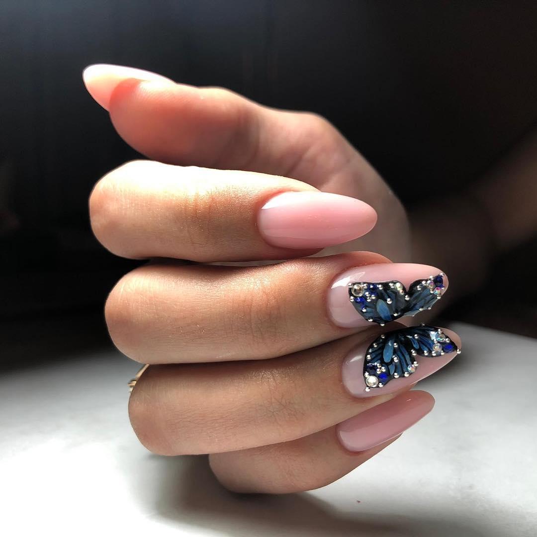 бабочки на ногтях фото_33