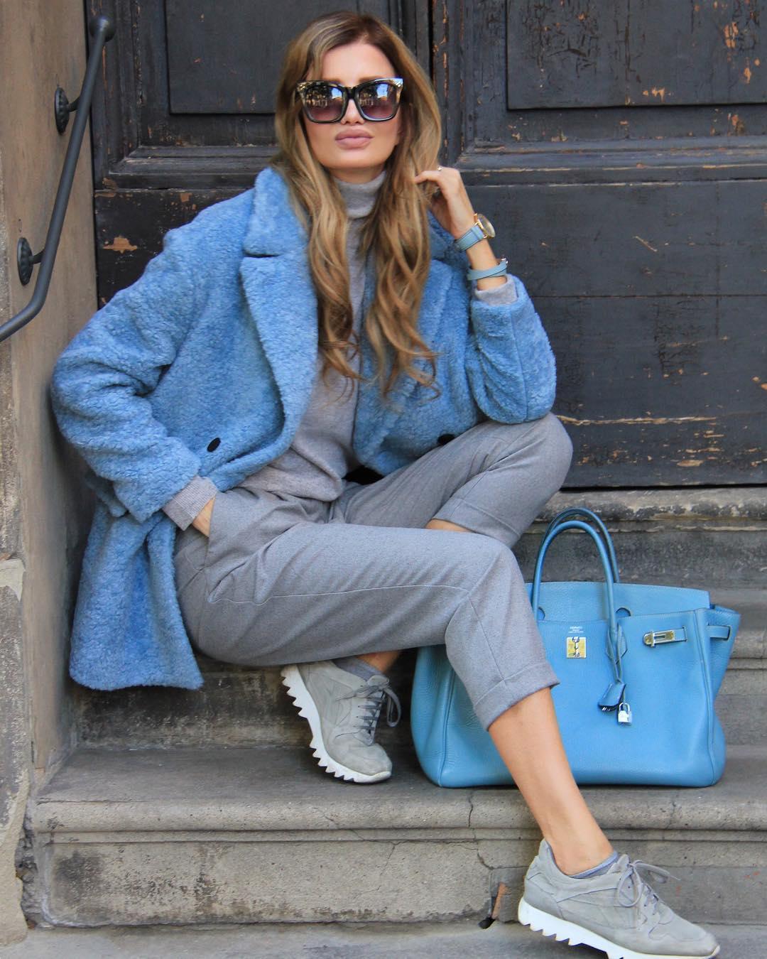 Голубое пальто фото 7