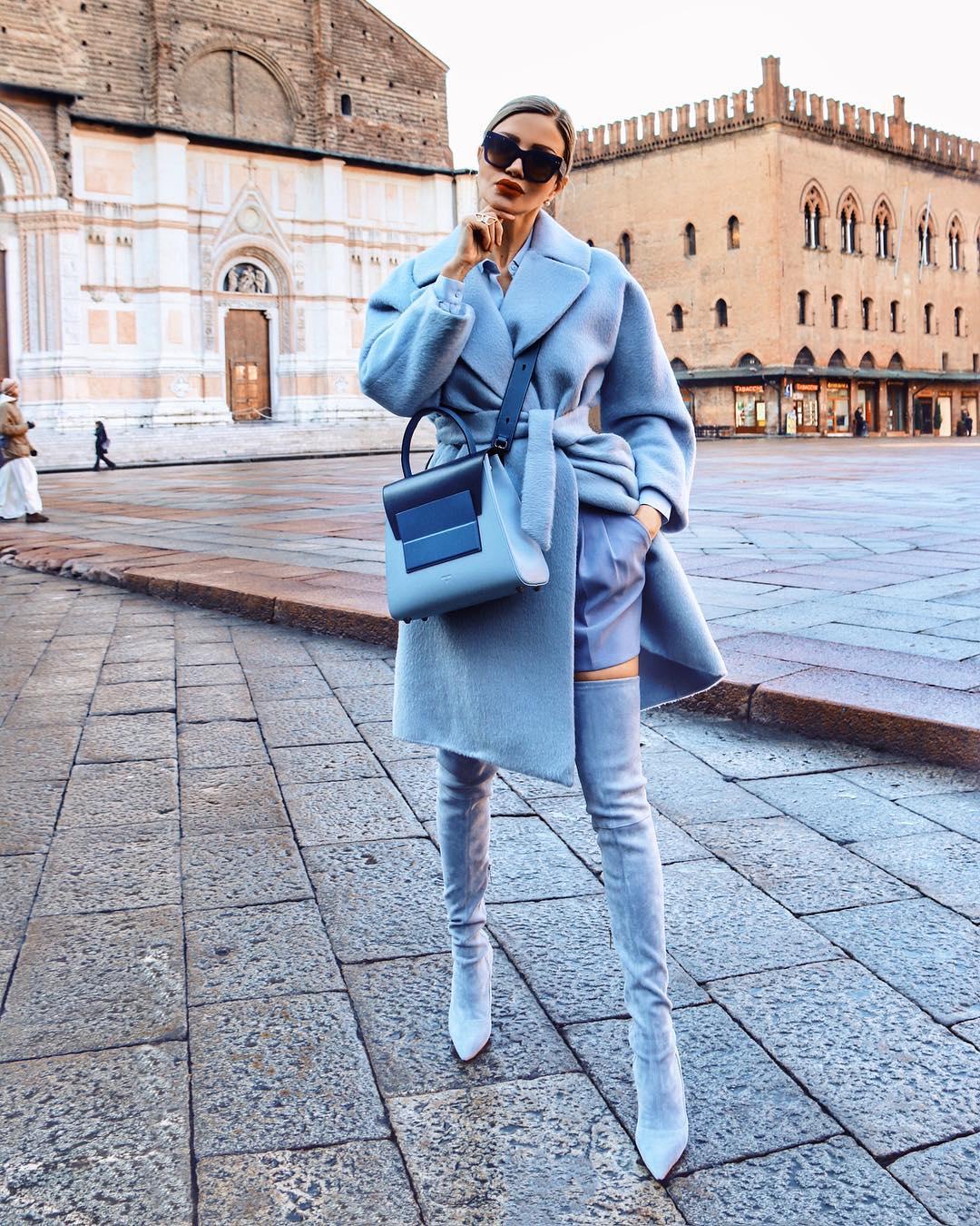 Голубое пальто фото 8