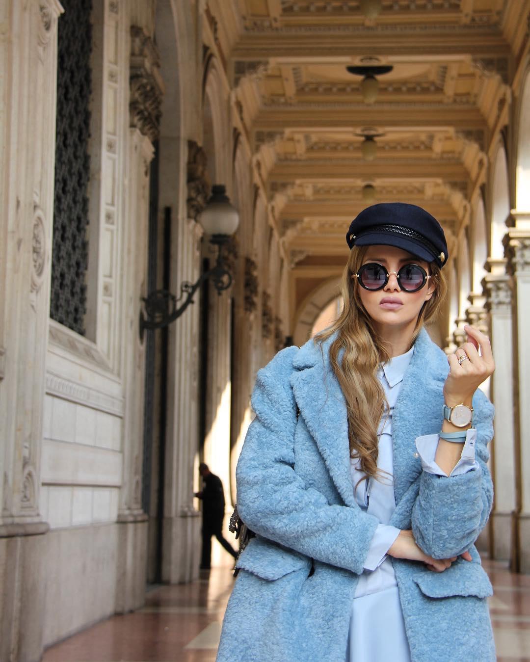 Голубое пальто фото 2
