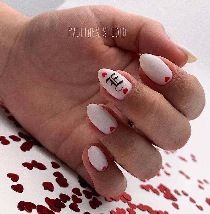 Маникюр ко Дню Святого Валентина фото 15