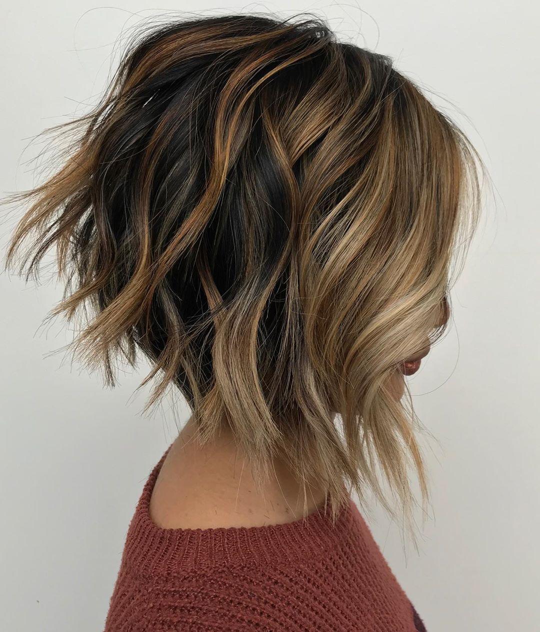 стрижка боб на волнистые волосы фото 1