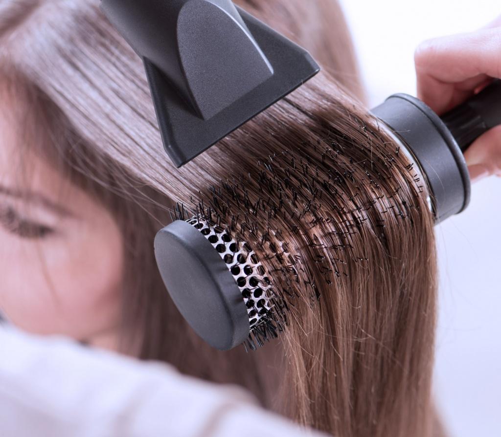 Укладка волос феном фото 1