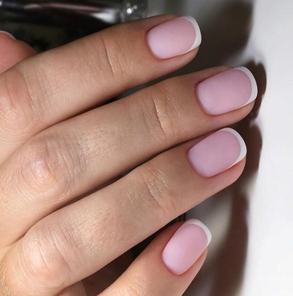 Матовые короткие ногти фото 19