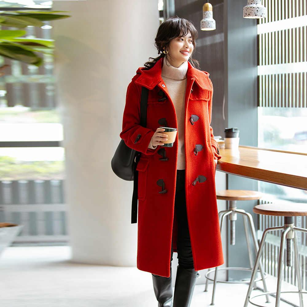 Красное пальто фото 2