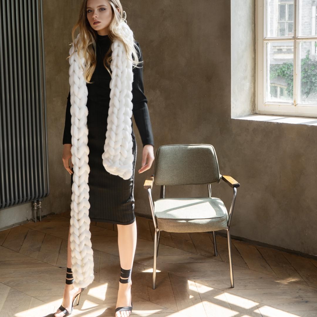 белый шарф фото 2