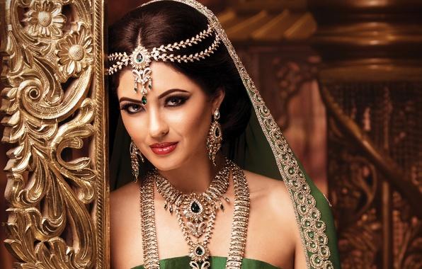 Берем пример: 8 секретов красоты индианок