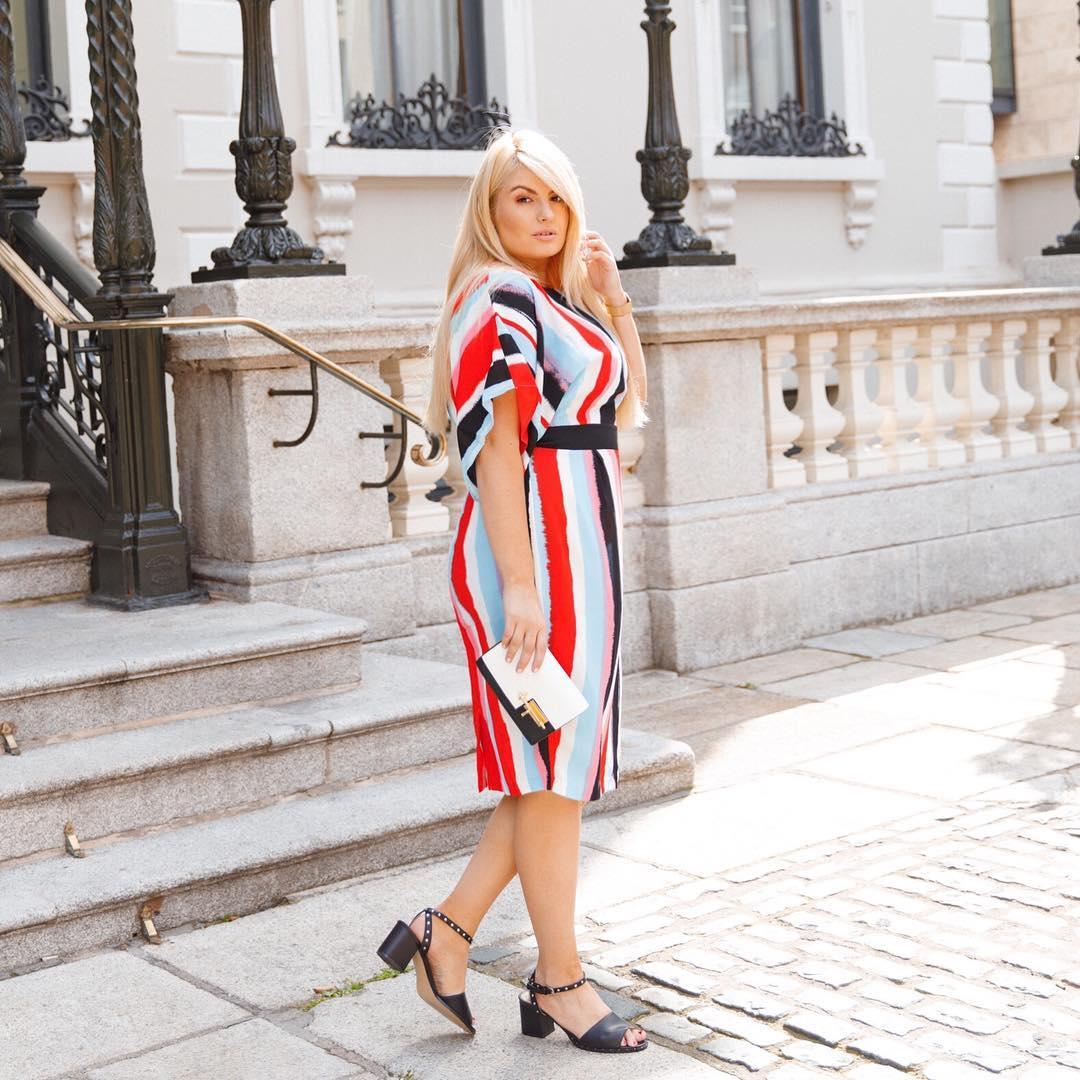 платье в полоску фото 10