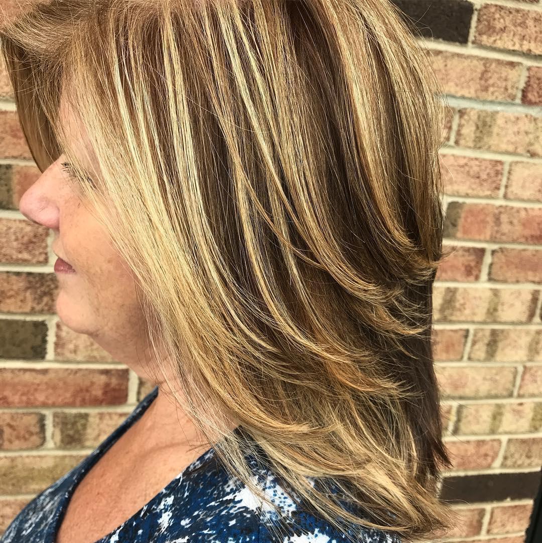 Стрижки после 60 лет для прямых волос фото 11