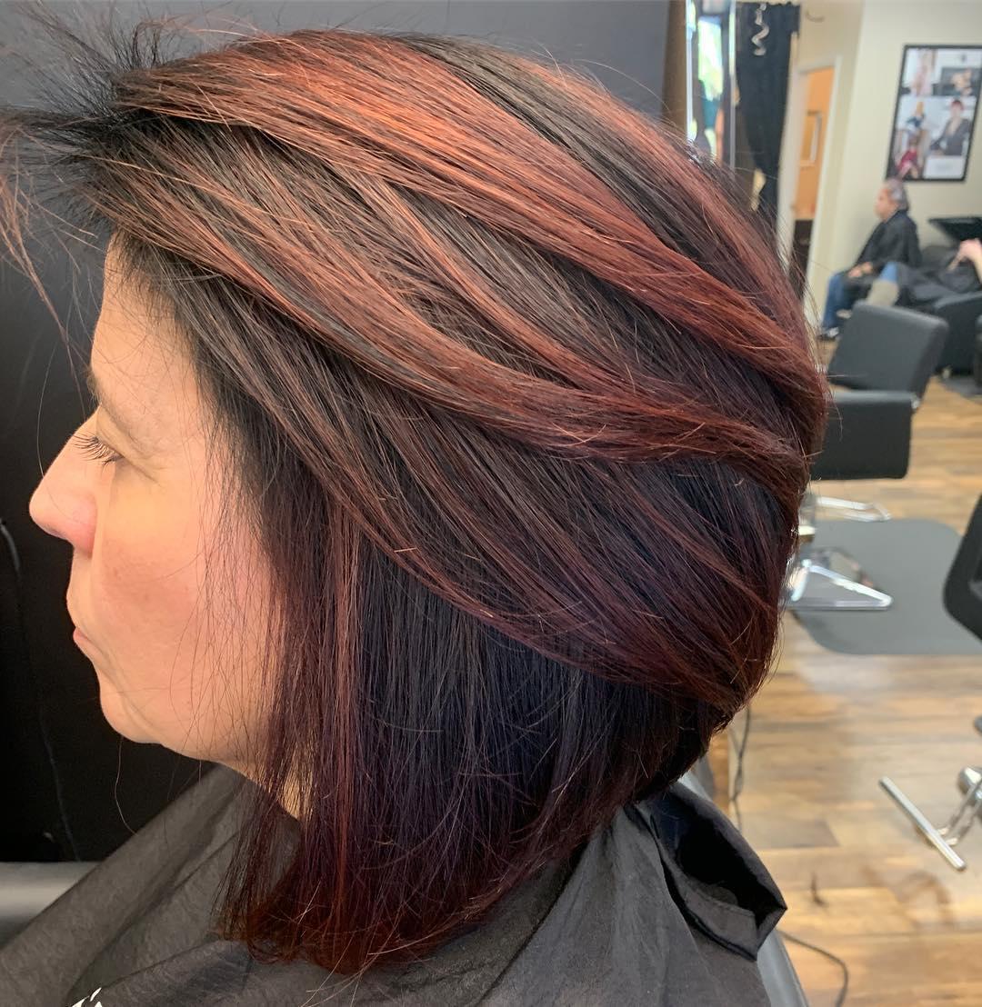 Стрижки после 60 лет для прямых волос фото 9