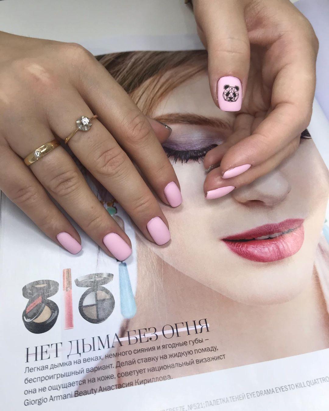 светло розовый маникюр 2019_34