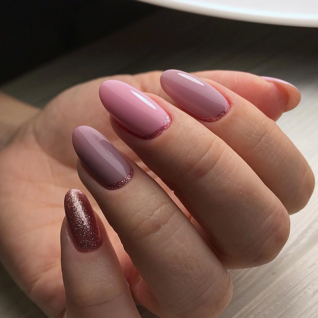 светло розовый маникюр 2019_25