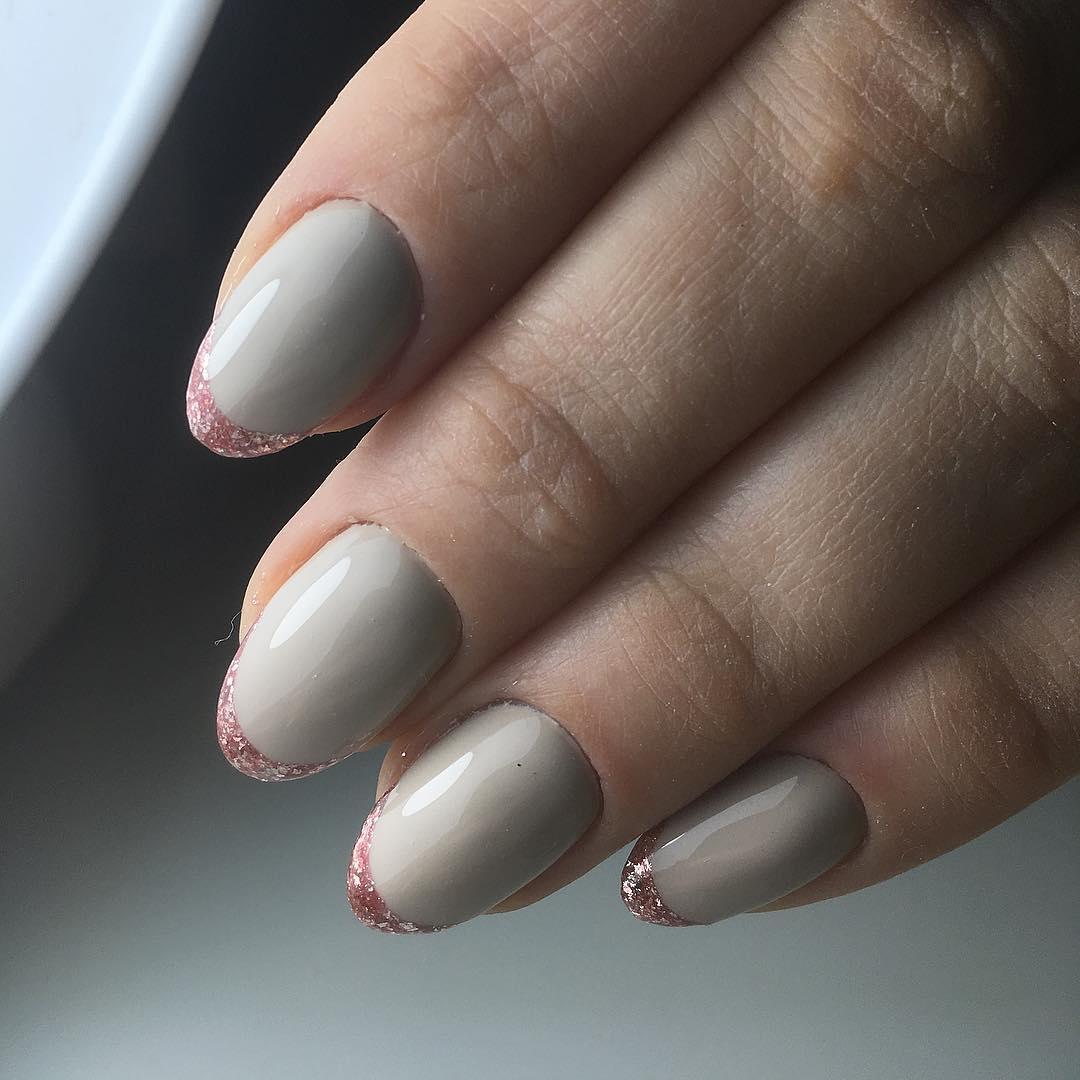 Французский маникюр на короткие ногти_193