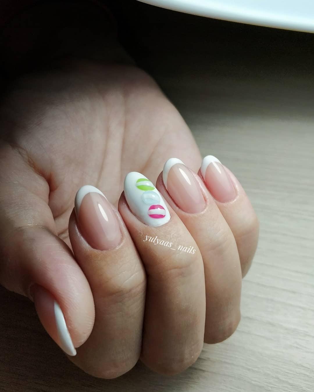 Французский маникюр на короткие ногти_67