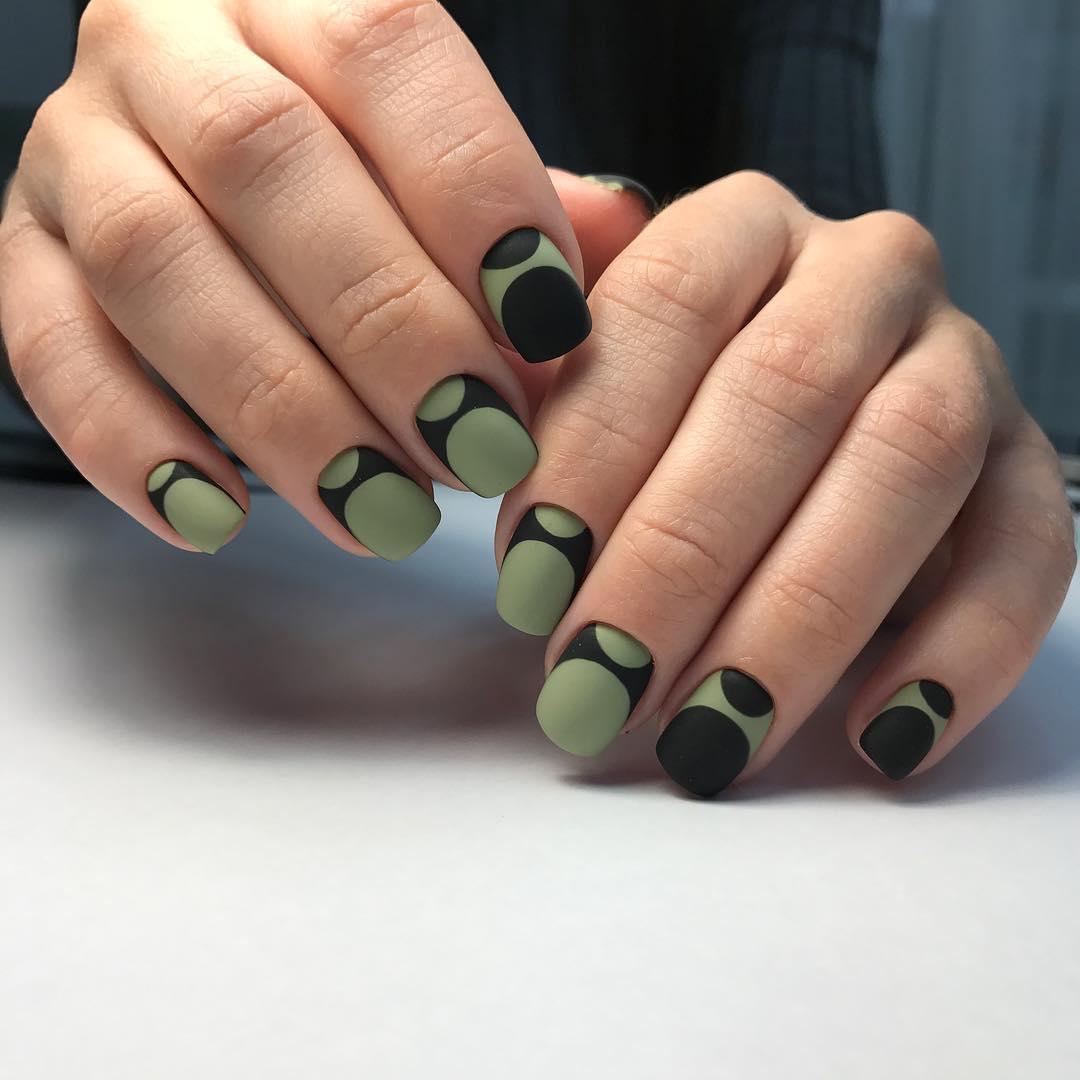Французский маникюр на короткие ногти_159