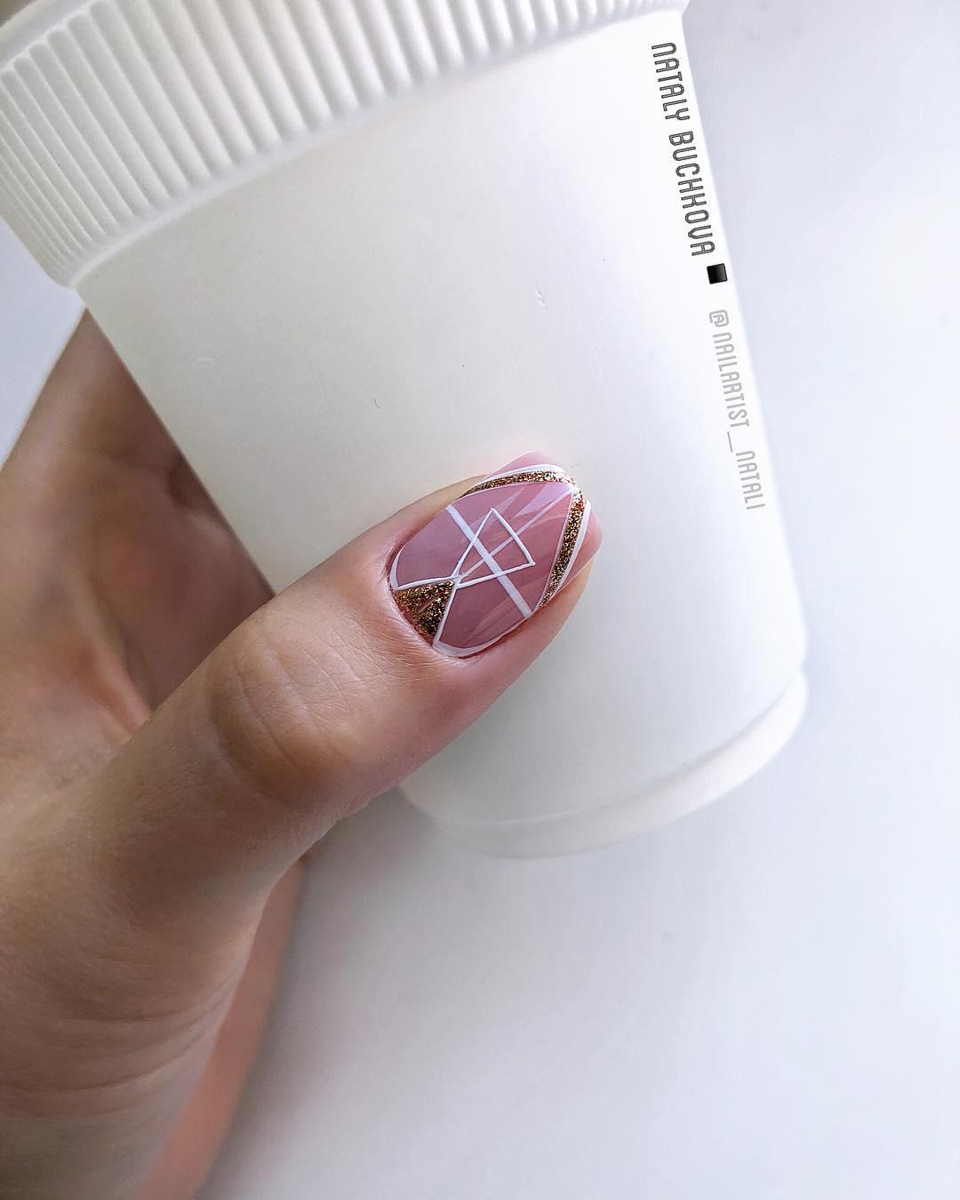 Французский маникюр на короткие ногти 2019-2020 фото идеи_14