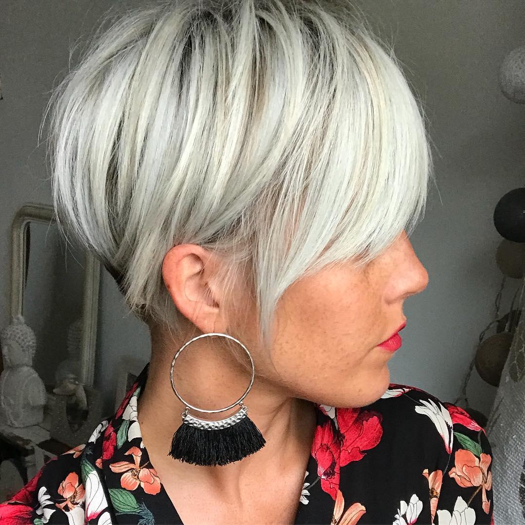 Стрижки после 40 лет на короткие волосы 2019-2020 фото 2