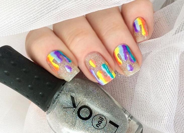 """Melted mani: """"Плавящийся"""" дизайн ногтей фото 6"""