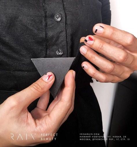 Светлый маникюр на коротких ногтях 2018-2019 фото 33