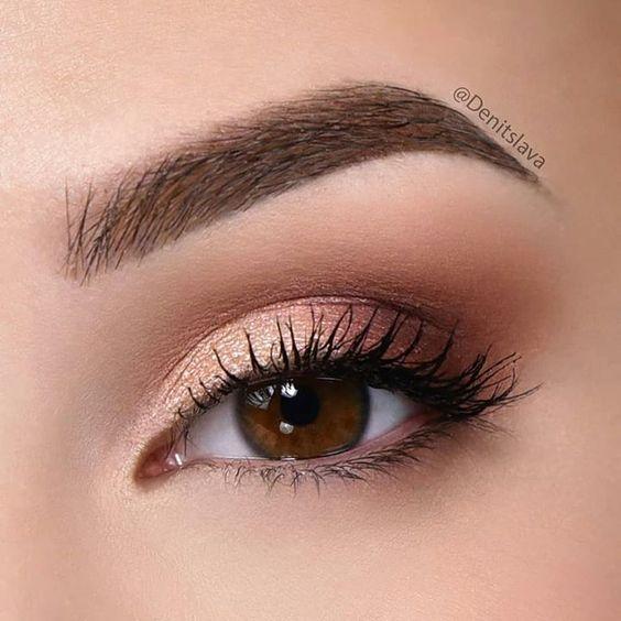 Оттенки теней и карандашей для глаз, которые делают как минимум на 5 лет моложе