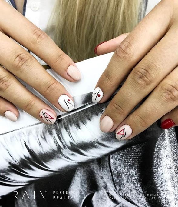 рисунки на коротких ногтях фото 21