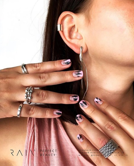 рисунки на коротких ногтях фото 28
