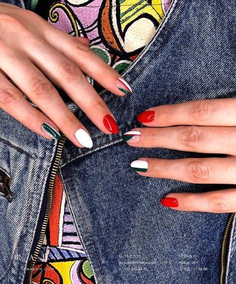 рисунки на коротких ногтях фото 33