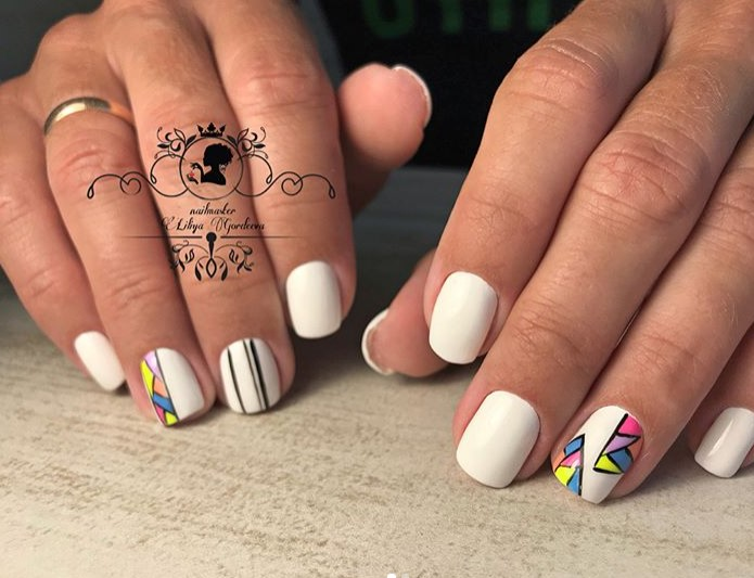 рисунки на коротких ногтях фото 48