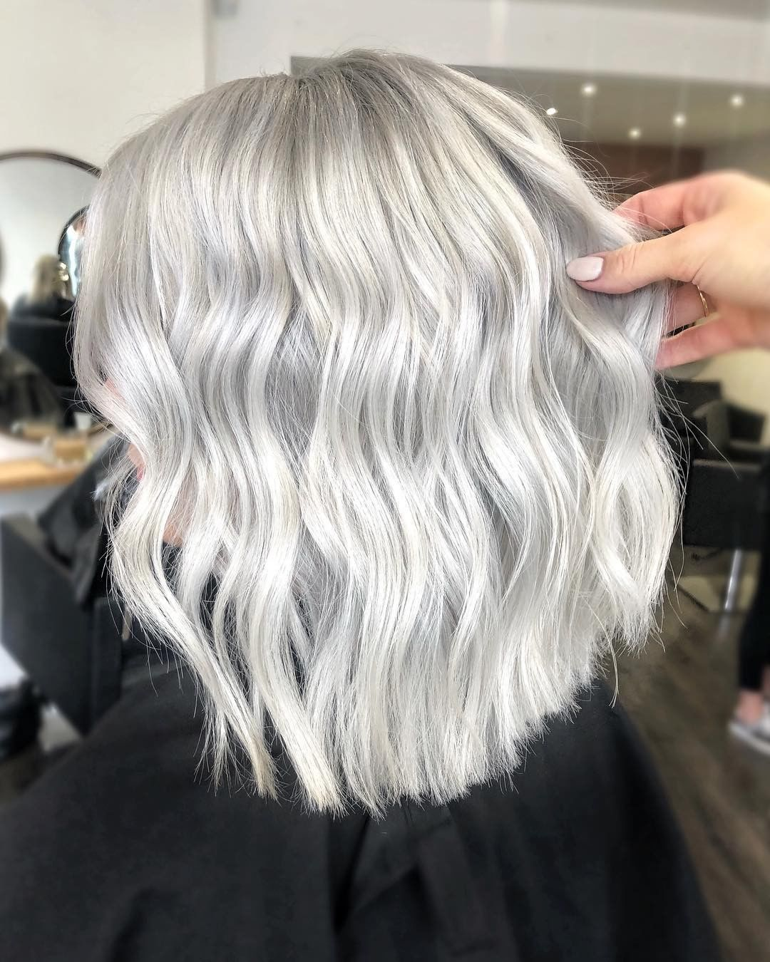 серые волосы 2019-2020 фото 4