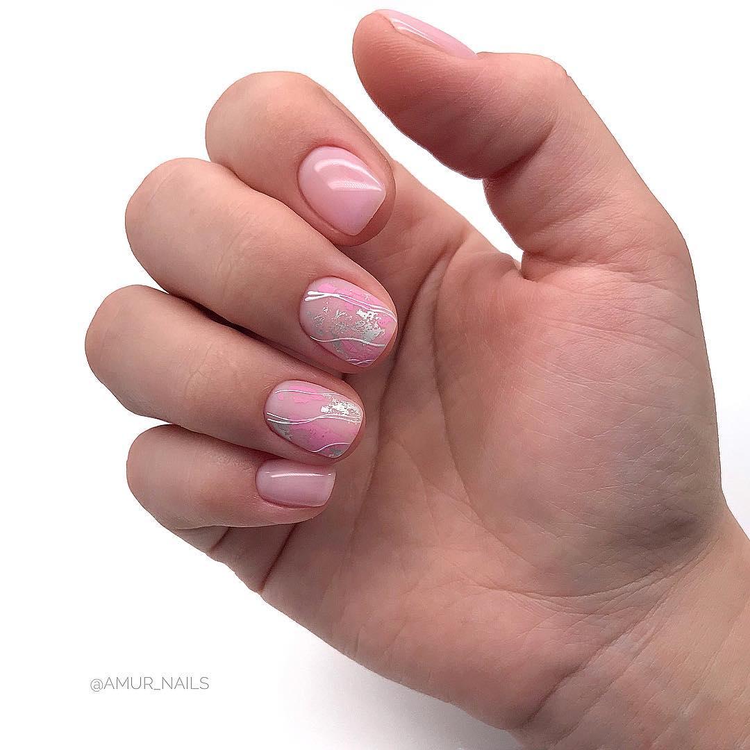 светлый маникюр на коротких ногтях фото_12