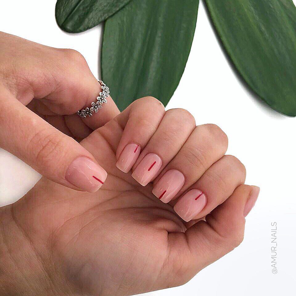 светлый маникюр на коротких ногтях фото_11