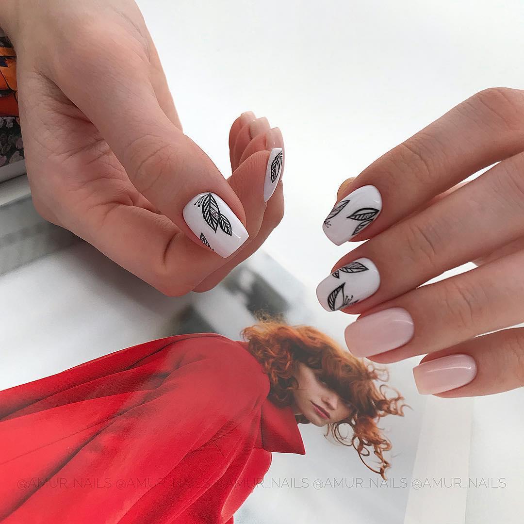 светлый маникюр на коротких ногтях фото_1