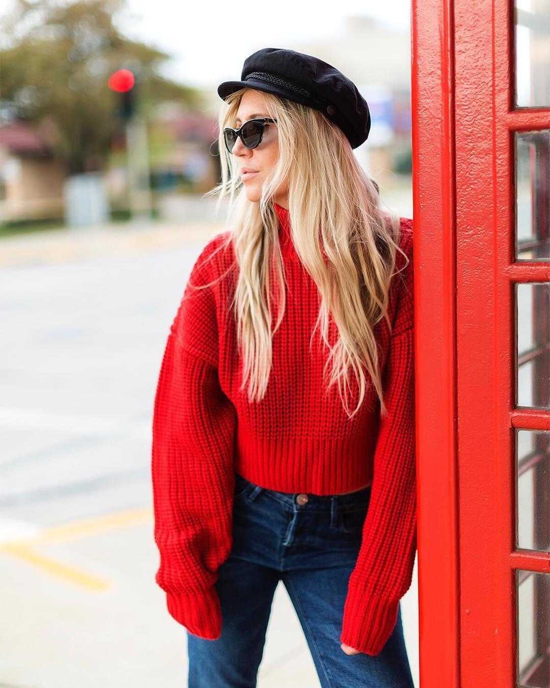 яркий свитер с чем носить фото 13