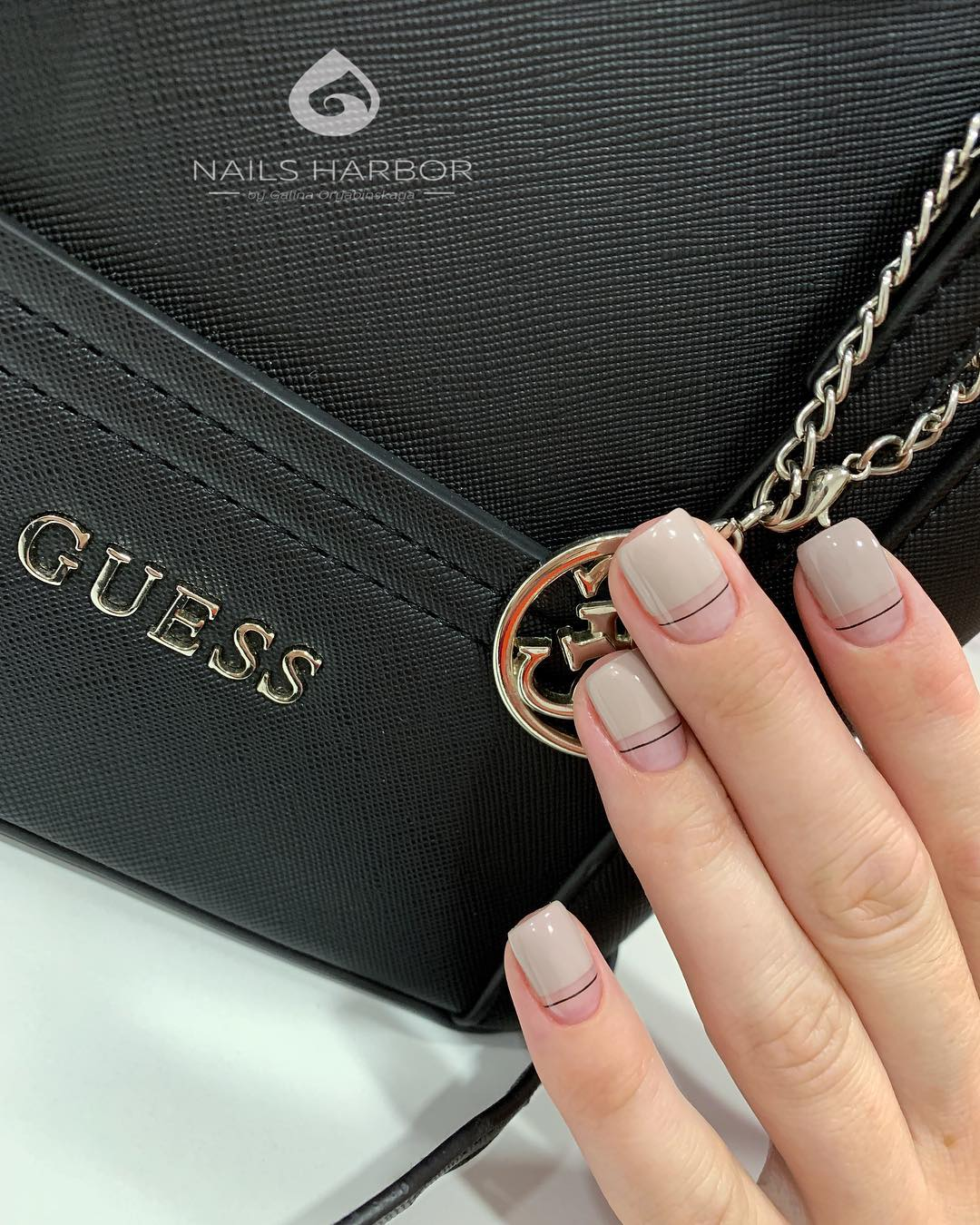светлый маникюр на коротких ногтях фото_21