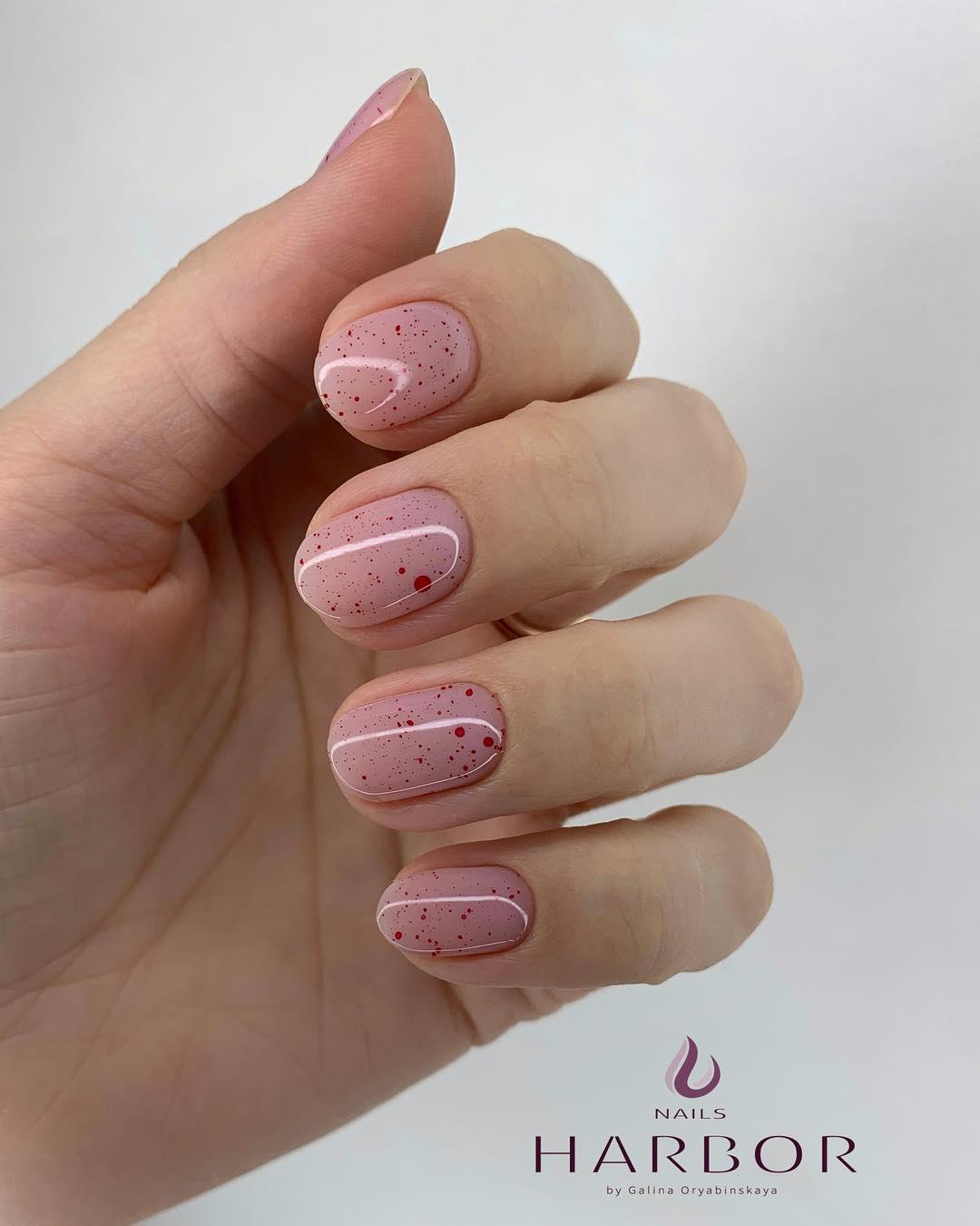 светлый маникюр на коротких ногтях фото_16