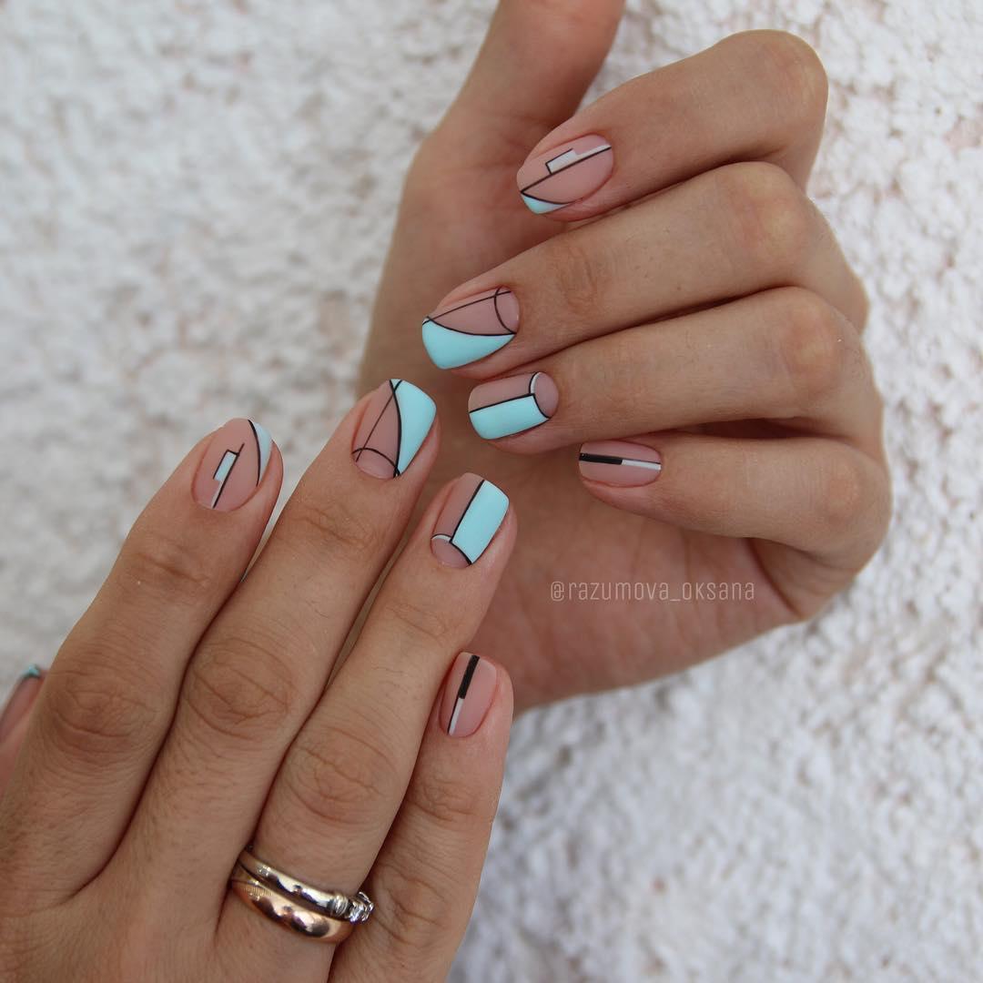 рисунки на коротких ногтях фото_32
