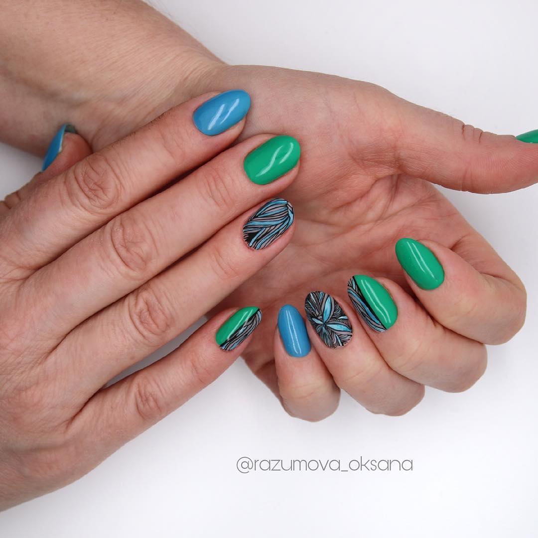 рисунки на коротких ногтях фото_20