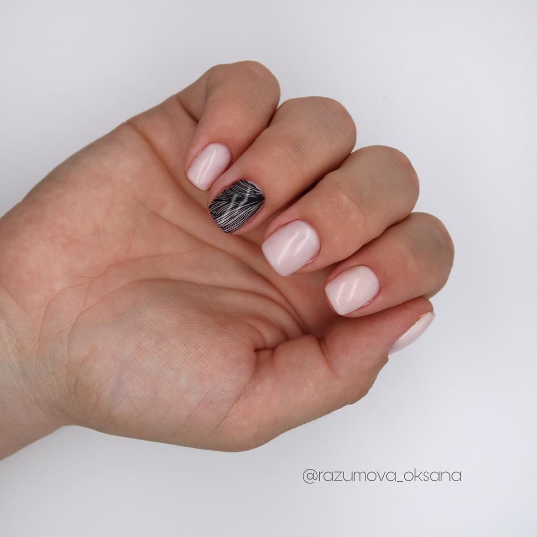 рисунки на коротких ногтях фото_16