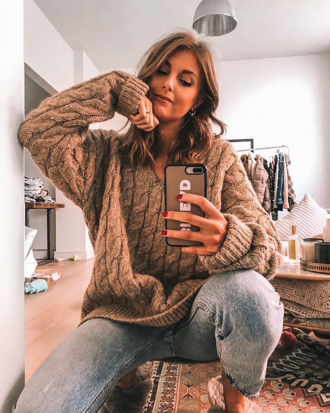 Нюдовый джемпер и свитер зимы 2019 фото 6