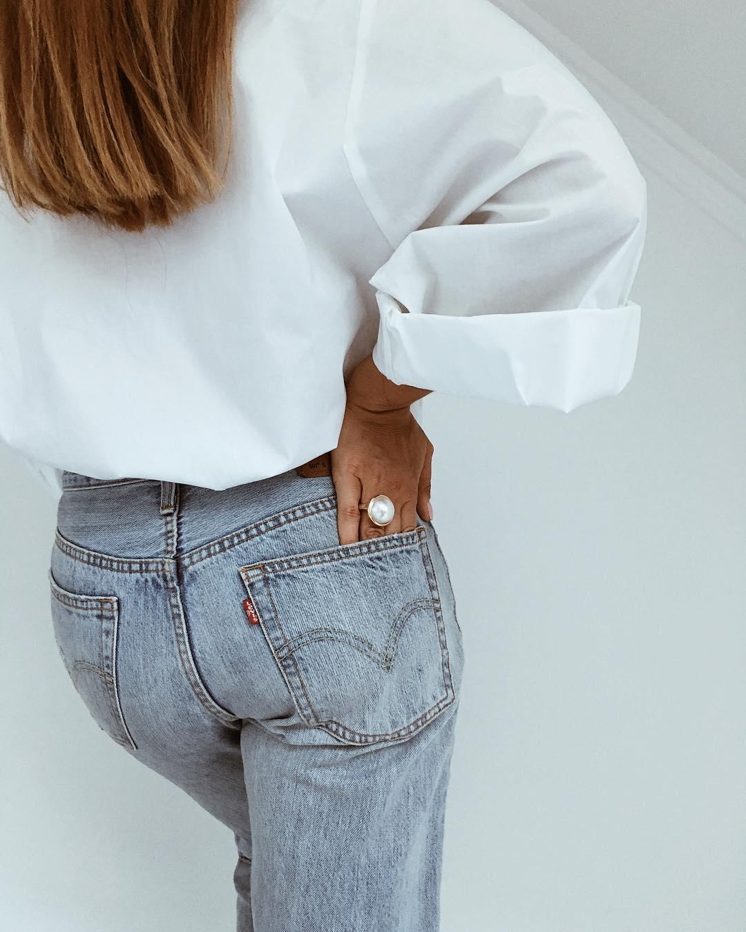 Как стильно носить белую рубашку в 2019-2020 годах фото 11