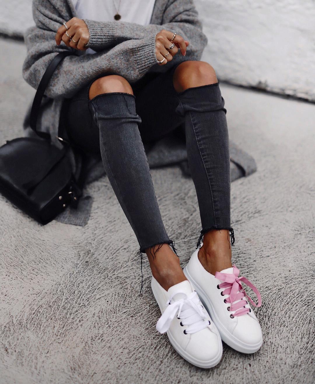 джинсы с кроссовками и кедами фото 6