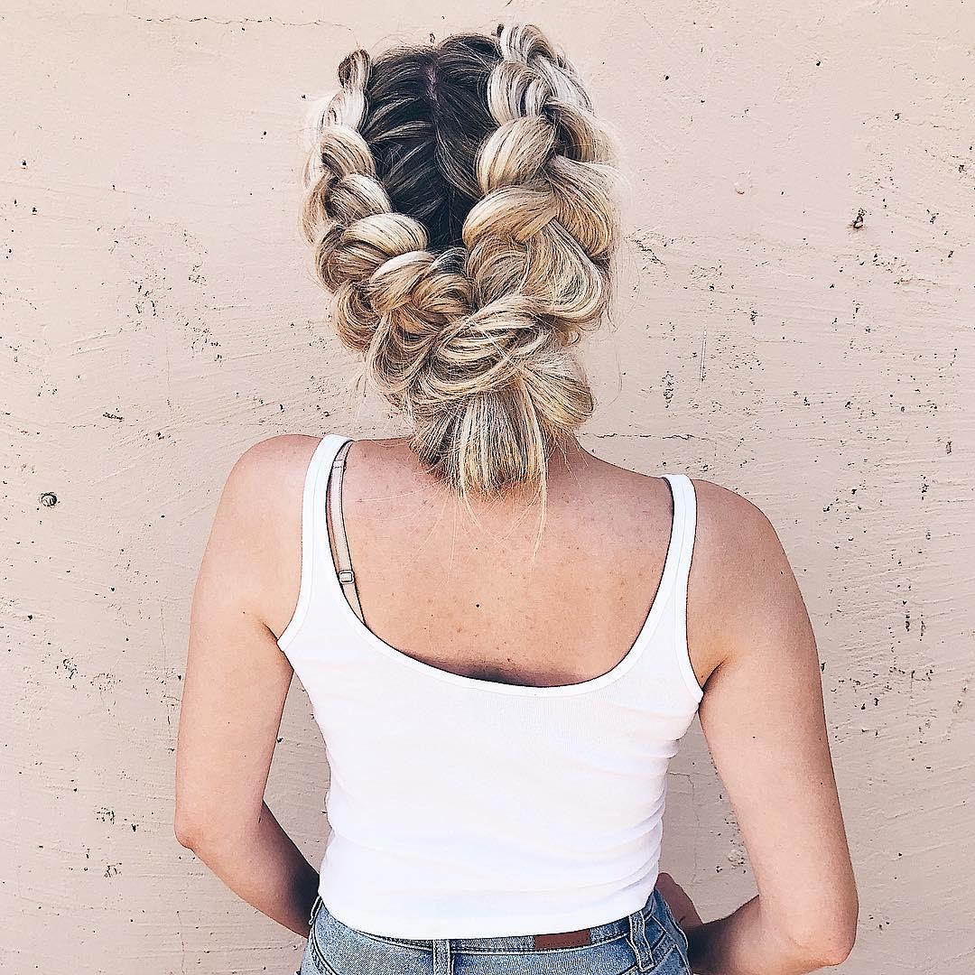 прически для длинных волос фото 30
