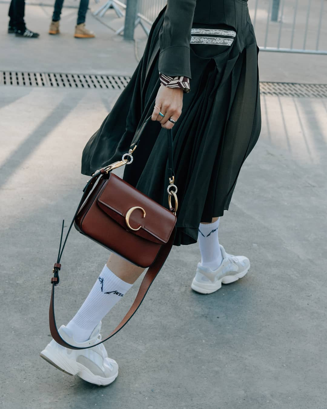коричневая сумка фото 8