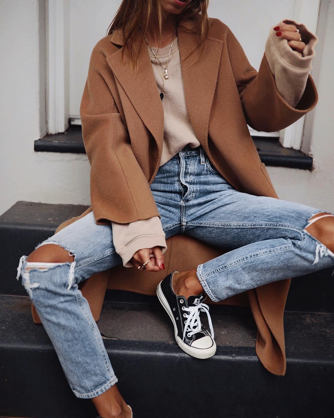 джинсы с кроссовками и кедами фото 9